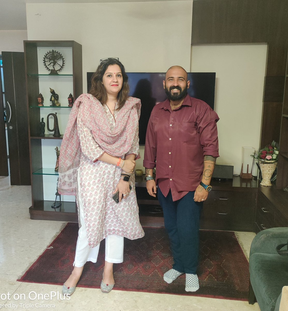 Last week I met @priyankac19 ji & shared gratitude on behalf of team @Khushiyaan_Org for her endless support to @RotiGharIndia during #NationalLockdown which helped us to feed 1 million lives  Co-Projects & scale-up in pipeline for Mumbai & Delhi  Many thanks for your mentorship