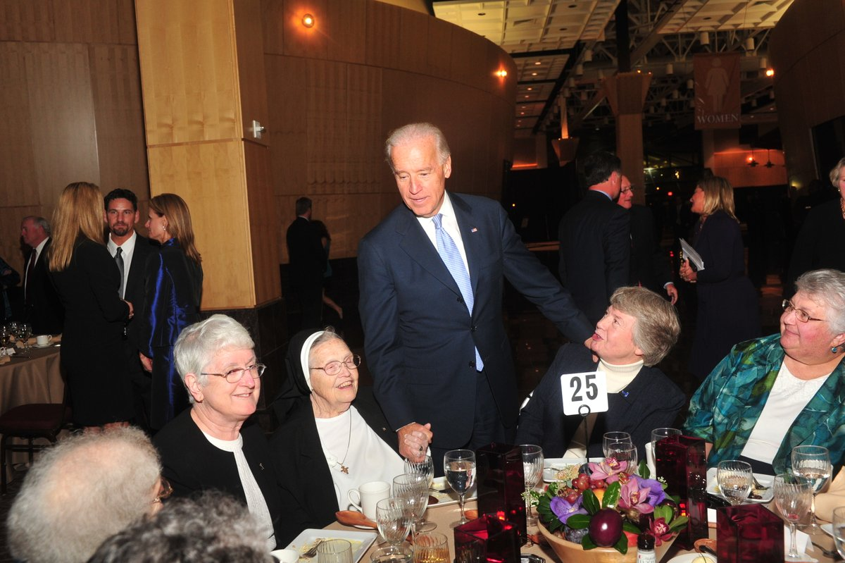 test Twitter Media - Blessings to President Joseph Biden @JoeBiden and Vice President Kamala Harris @KamalaHarris from the Sisters of St. Francis of Philadelphia.  We welcome you and pray for you and your families today and throughout your term in office. https://t.co/ASRT8px8fa