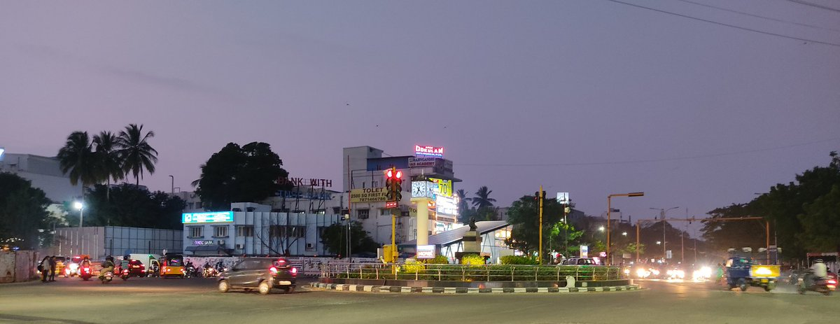Anna Nagar Rountana!   #EveningVibes #StreetsOfIndia #StreetPhotography #EveningClick #MyClick #MobileShot #Street #PocoM2Pro #NoFilter #StreetPhotographyIndia #AnnaNagar #Rountana #PhotoOfTheDay #Cropped #MorningTime #PicOfTheDay #BestOfTheDay #Photography