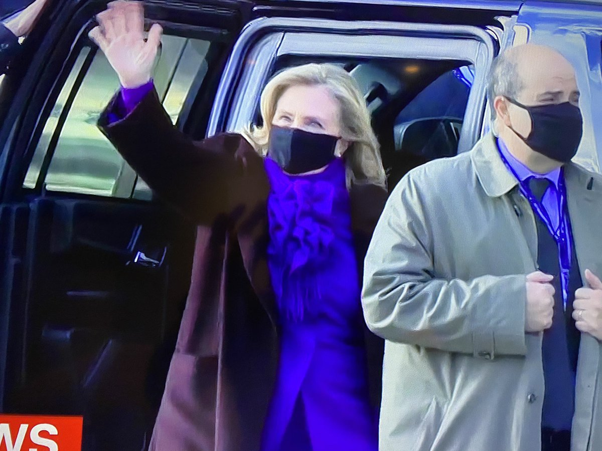 She was there when Trump got there and she's here on his way out.  Justice. #InaugurationDay #StillWithHer
