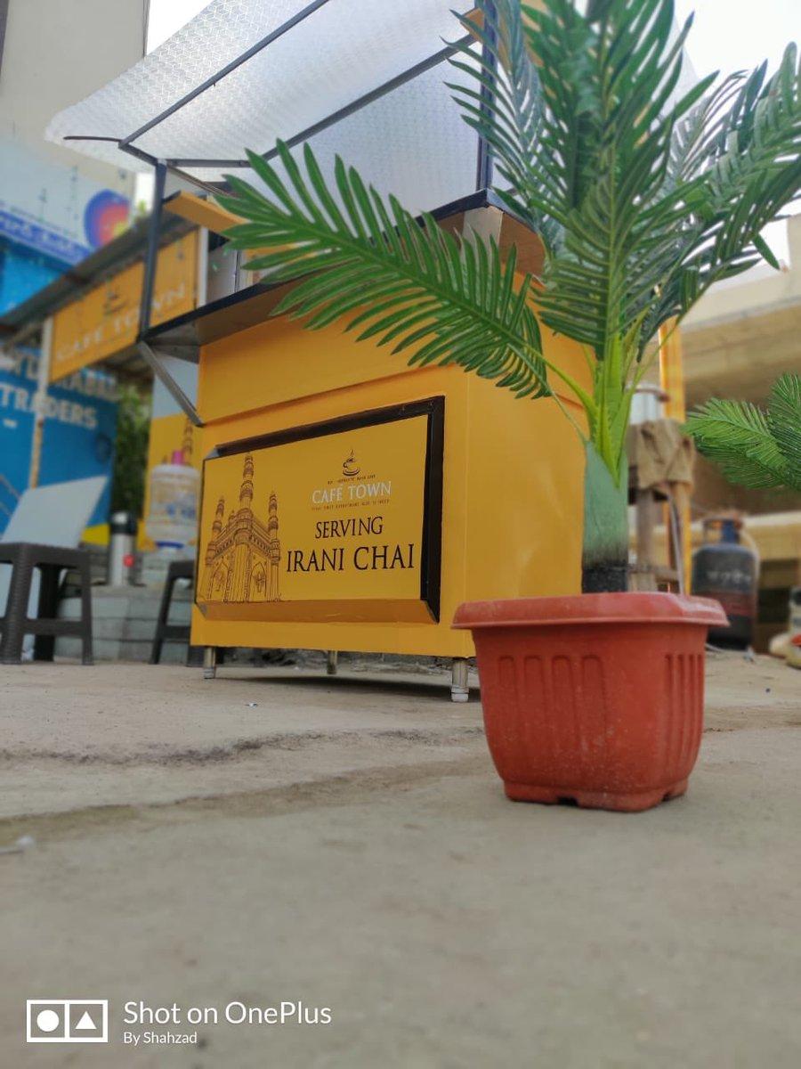 #Hyderabad : Cheers to all IRANI #CHAI 🍵 & COFFEE☕️ lovers of Alkapur Township, #Cyberabad   #cafétown #Hyderabadi #iranichai #alkapurtownship #Manikonda #ThursdayThoughts #Telangana  #thursdayvibes #TEA @mohammednadeem9
