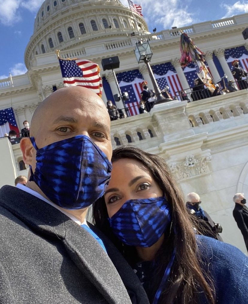 📸 @rosariodawson attending the inauguration with @CoryBooker