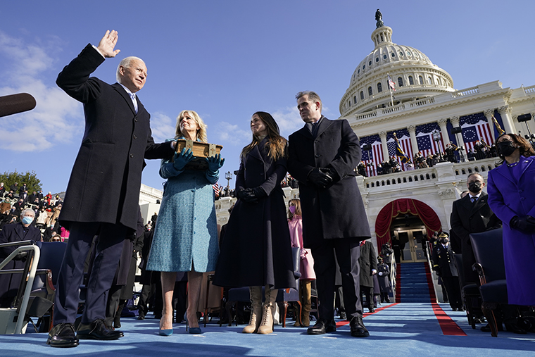 Joe Biden was sworn in as the 46th president of the United States today as Kamala Harris became the first woman to be vice president.   PHOTOS:  MORE:    📷: AP #InaugurationDay #POTUS46 #BidenHarrisInauguration #Inauguration