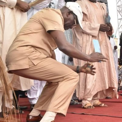 @gloria_adagbon @ShehuSani Where is this guy ( with the sexy dance of shame) by the way? Is he still here or has he gone seeking greener pasture overseas like Deziani?
