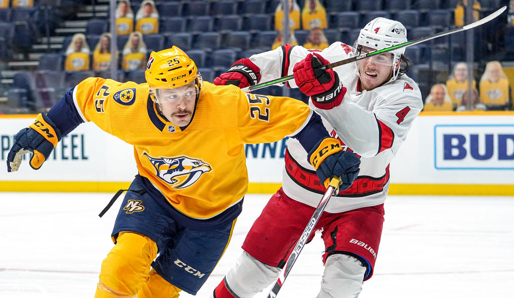 The #Preds have announced that forward Mathieu Olivier has been reassigned to the taxi squad and defenseman Ben Harpur has been reassigned from the taxi squad to Chicago (AHL).  A complete 2020-21 transaction list is available here: