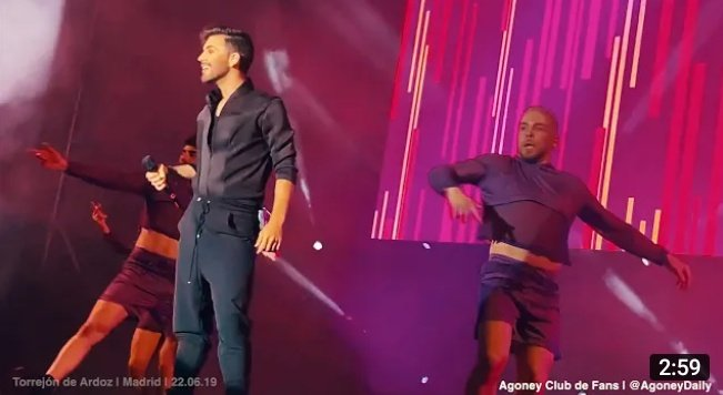 #VideoAgoney ¿Ganas de conciertos? Mientras esperamos los conciertos de #LibertadUnViajeIntimo en Madrid y Valencia os traemos una de las actuaciones de Agoney que podéis encontrar en nuestro canal de YouTube #TorrejonDeArdoz2019 #MiGente #ConCalma  📺