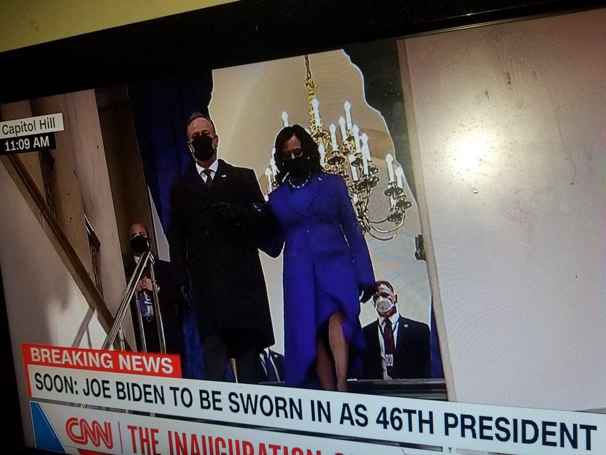 @Acosta #ByeByeTrump