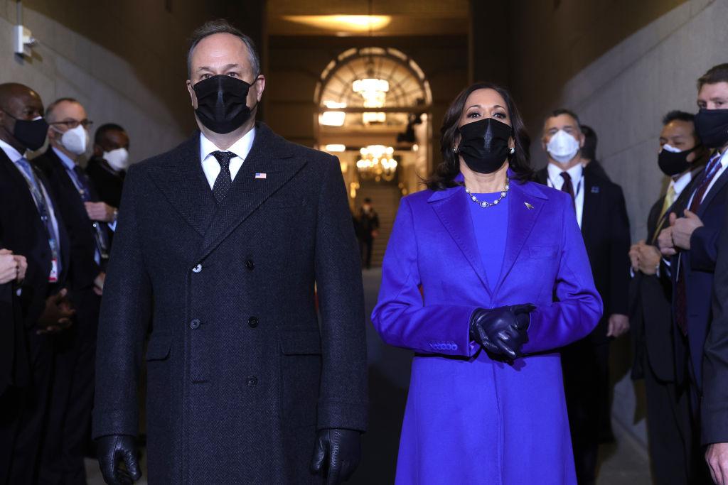 Vice President-elect Kamala Harris and husband Doug Emhoff make their entrance for #InaugurationDay