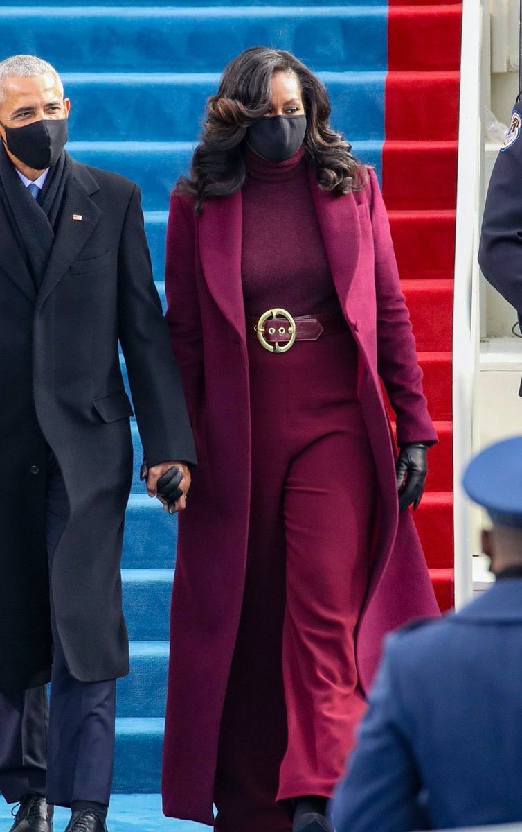 Replying to @OhNoSheTwitnt: Michelle's outfit is basically saying fuck you, Melania, you trashy bitch.