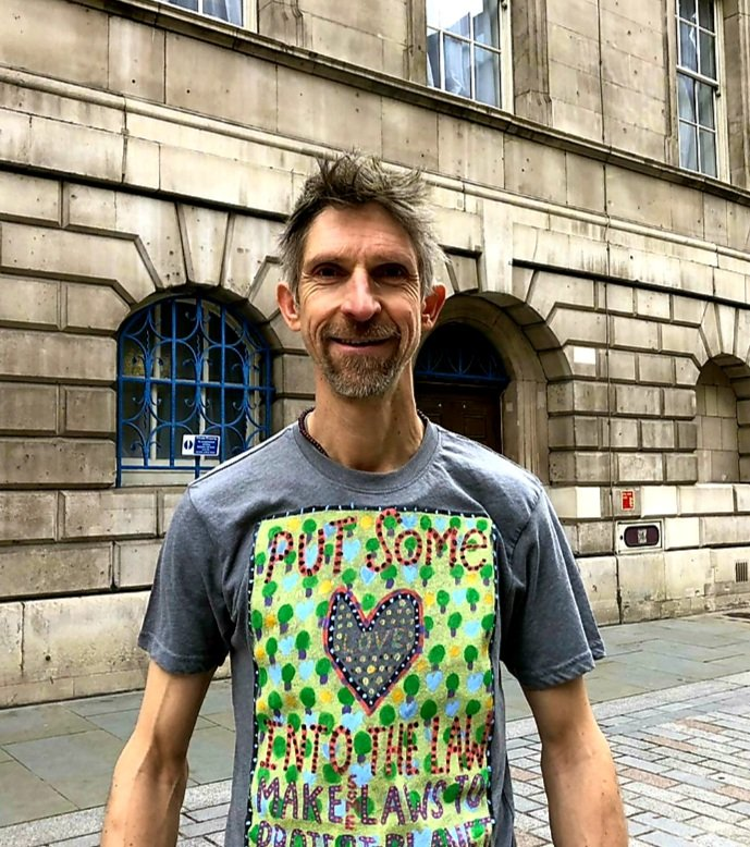 1/3 Dr Larch Maxey was acquitted yesterday at City of London Magistrates Court for his #StopHS2 tree occupation in Parliament Square in September 2020.  However, with the eviction of Euston Square Gardens looming and further arrests for tree occupations likely...