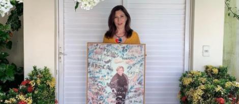 Homenagem bela e merecida! 🖤  Beth Goulart faz homenagem para Nicette Bruno: 'Gratidão por todos os ensinamentos'. Confira ➡  • #GshowFamosos