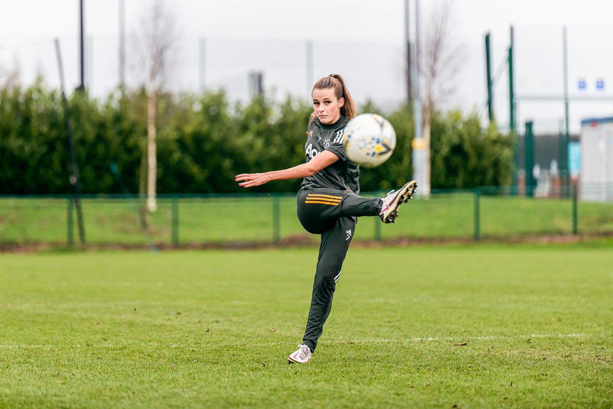 📝 @EllaToone99 in the #BarclaysFAWSL this season:  🔟 starts 4️⃣ goals 3️⃣ assists  #MUWomen