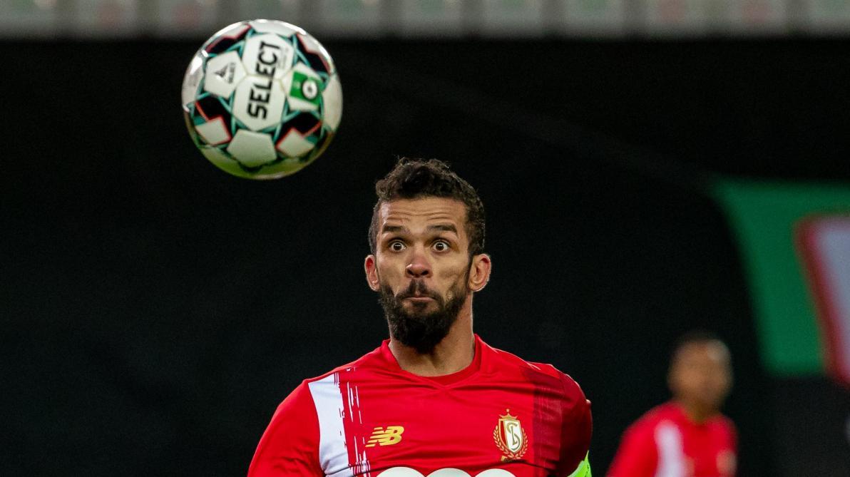 Malines–Standard: première titularisation pour le nouvel attaquant João Klauss, le capitaine Mehdi Carcela sur le banc (direct à 18h45) https://t.co/8x1x1e1ecq https://t.co/u1DIvj5tht