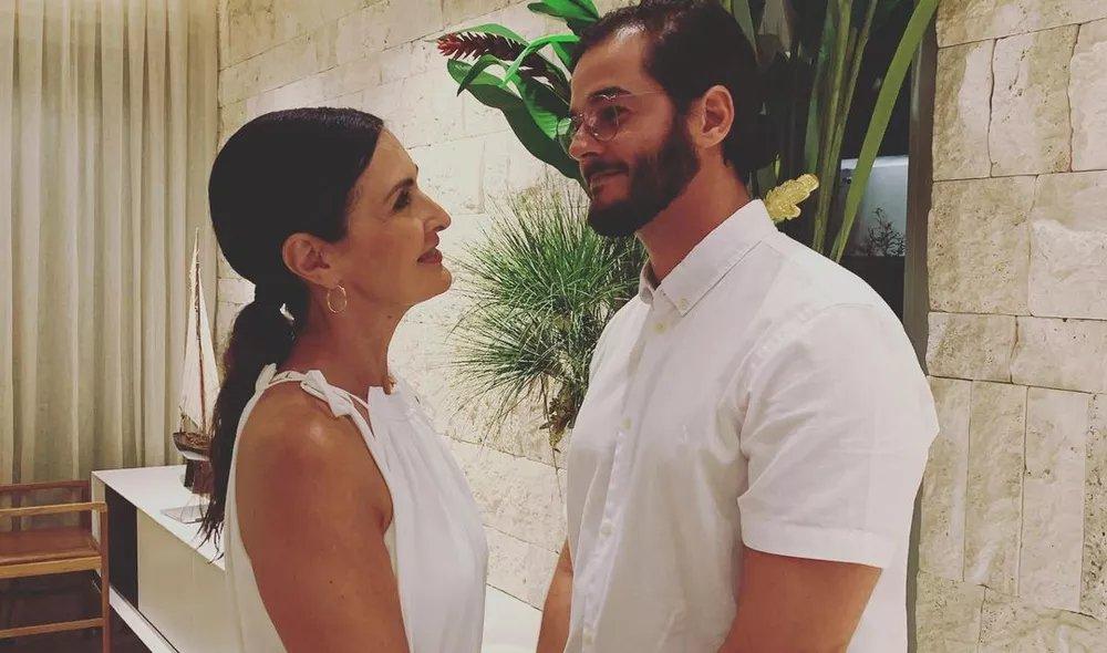 O amor é lindo, né, gente? 😍  Fátima Bernardes é exaltada nas redes sociais pelo namorado: 'Linda e muito mais'  Confira ➡   • #GshowFamosos