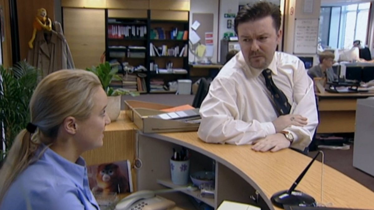 If you were Dawn or Pam, would you prefer Michael Scott or David Brent hanging out by your desk?   #rickygervais #amazonprimetv