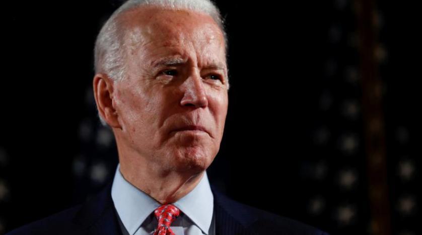 """#واشنطن  #بايدن:"""" 400 ألف أمريكي ماتوا بفيروس #كورونا لذلك أدعوكم إلى دقيقة صمت على أرواحهم"""""""