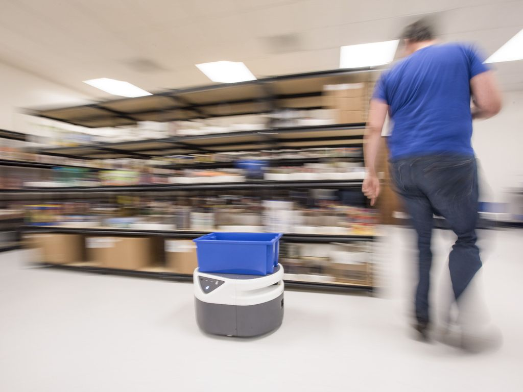 Mobile robots have been increasingly important in material handling, especially in the era of #ecommerce and the coronavirus pandemic:    @SCBrain #innovation #ai #artificialintelligence #technology #tech #supply #demand #supplychain #supplyplanning