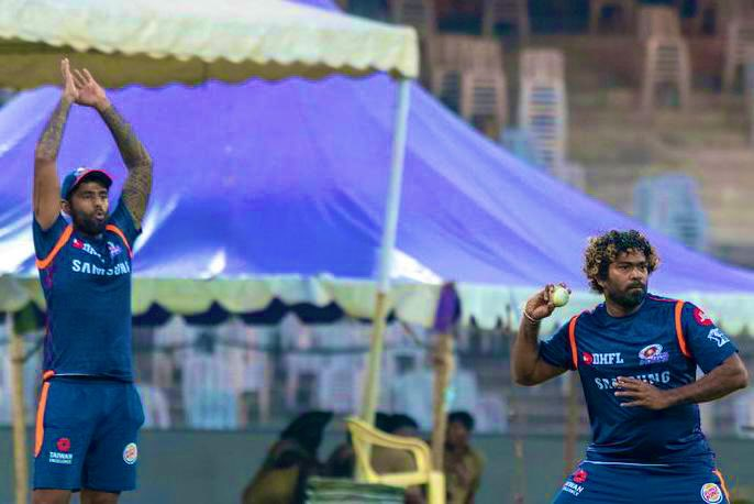 I remember heading to Wankhede on match days. Marine drive used to be full of fans wearing those blue wigs. For a player from Sri Lanka to find a special place in Mumbai's heart... you were simply incredible Lasith Malinga. Legend retires! 💙#ThankYouMalinga