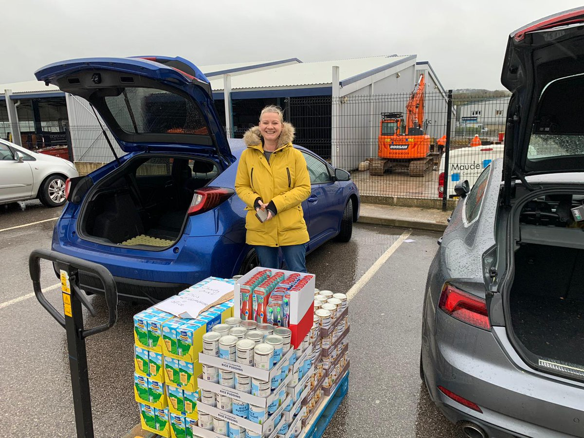 Every single Skipton branch is this week donating much-needed funds to their local foodbanks. And today we bought & delivered this selection of food for Skipton Foodbank.  Thank you to the team at Skipton @AldiUK for helping us!  #foodbanks #givingback #ENDCHILDFOODPOVERTY