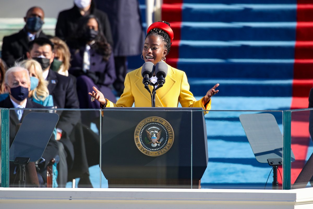 """""""We will raise this wounded world into a wondrous one…There is always light, if only we're brave enough to see it—if only we're brave enough to be it.""""   Thank you @TheAmandaGorman for your words 🙏🏾 #InaugurationDay   (📸: Getty)"""