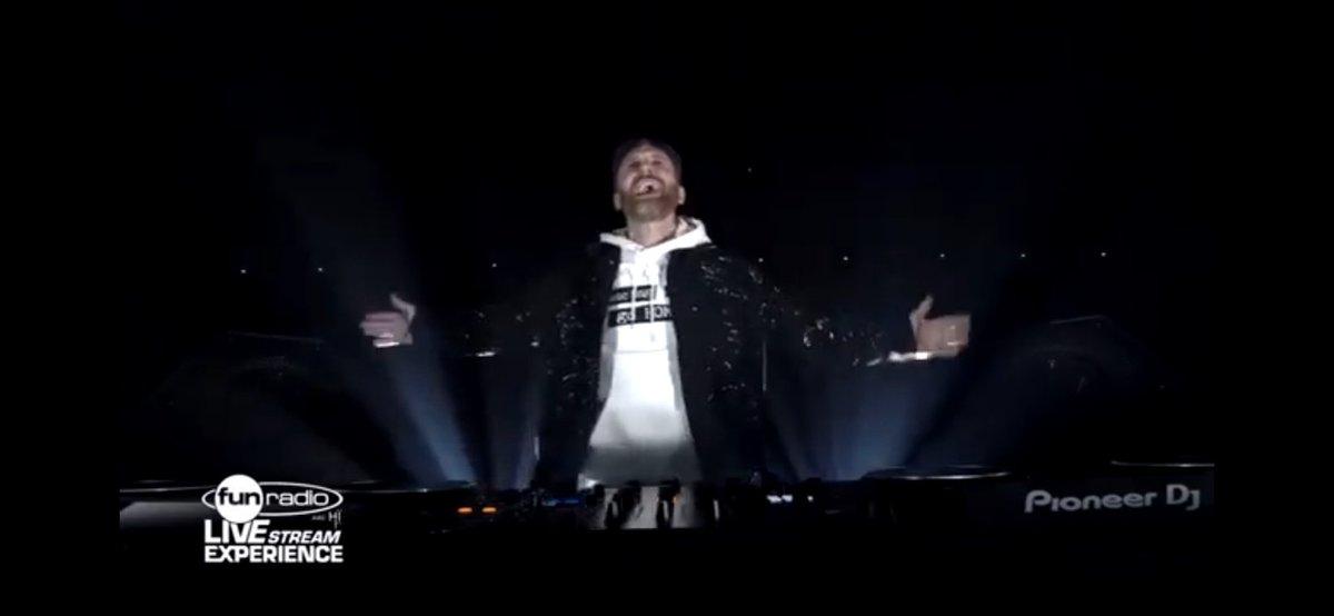 Replying to @aletecno: David Guetta @davidguetta Fun Radio #LiveExperience #LIVE #DavidGuetta