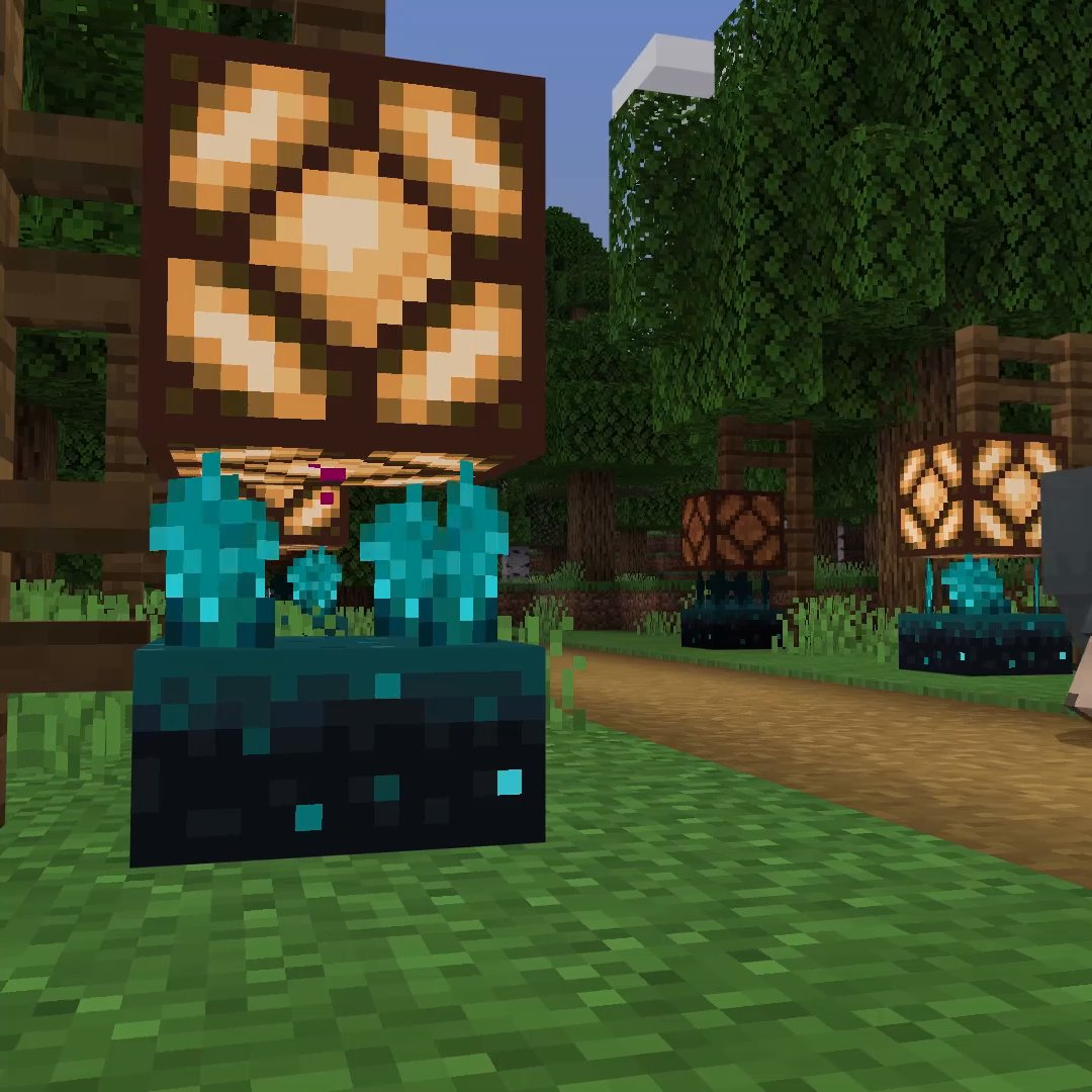 Bedrock players, better pad those noisy boots with some wool: the all-hearing sculk sensor can now be tried out in the latest beta – along with the new dripstone block!  Grab the latest beta build now:  ↣  ↢