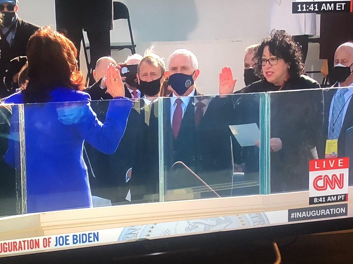 test Twitter Media - Historic: 1st African American woman & 1st Asian American woman @KamalaHarris is sworn in as @VP of the #USA by 1st Latina Supreme Court Justice Sonia Sotomayor #Inauguration2021 https://t.co/WAnXB1yfil