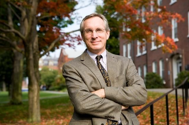 Discussing a #Carbon Tax with Dr. Gilbert Metcalf:  @GibMetcalf @TuftsUniversity #carbontax #energy #economy #business #fossilfuels #environment #sustainability #incentives #tax #renewableenergy #bipartisan #policy #emissions #SDGs #GHGs #climatechange