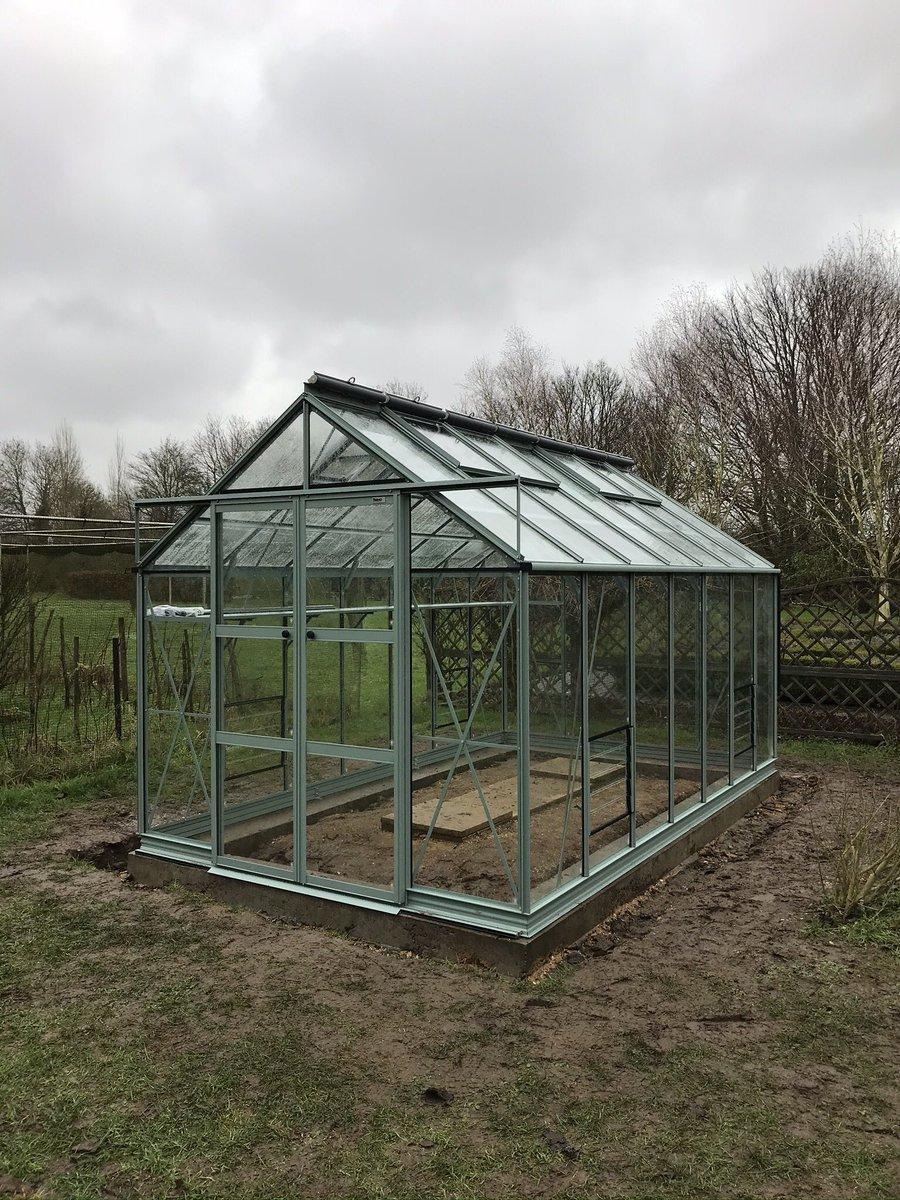 Today's @RhinoGreenhouse 8x14 Premium Blue Grass #rhino #norfolk #greenhouse #glasshouse #garden #gardening #growing #british
