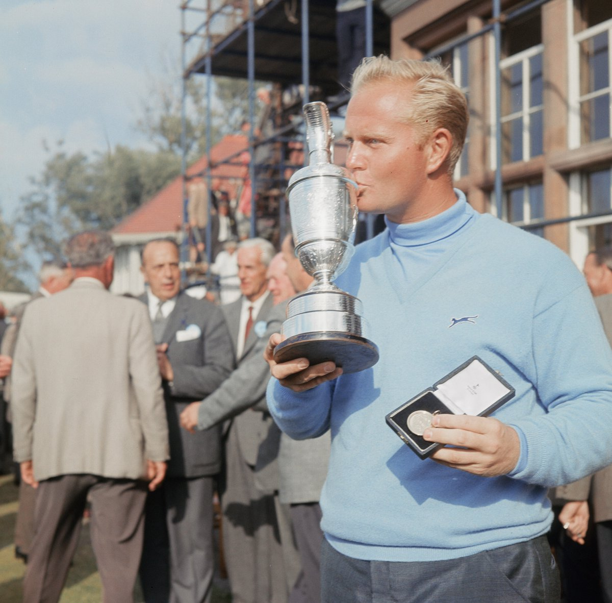Replying to @TheOpen: Happy 81st birthday to the legendary @JackNicklaus 🎂  1966 🏆 1970 🏆 1978 🏆 2005 👋