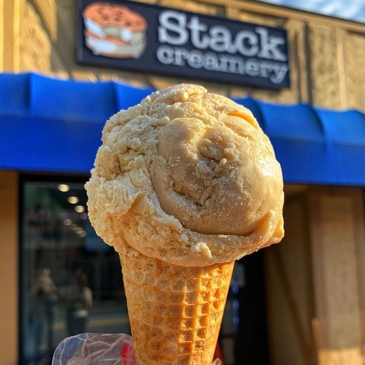It's always a good time for ice cream 🍦@stackcreamery #fonhomerealty #LoveWhereYouLive #WhereYouLiveMatters #realestate #welcometotheneighborhood #moving #homesweethome #newjersey
