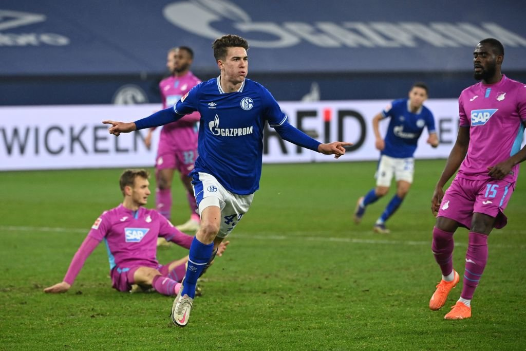 Matthew Hoppe has scored again for Schalke!  Fifth goal in three games for Schalke.  Here's my story on the American teenager's journey from California to the Bundesliga.