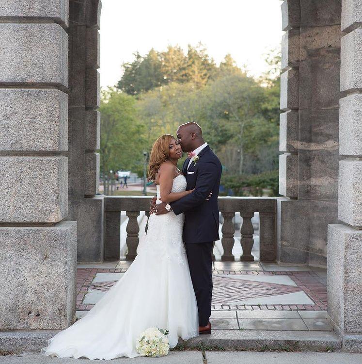 In a New York State of Mind with these two cuties💖  #weddingbug #weddingbugstudios #weddingphotography #weddingphoto #weddingphotographer #weddingmoments #weddingday #weddingvideo #happilyeverafter #love #weddinginspiration #weddinginspo #mrandmrs #nywedding #wedding #engaged