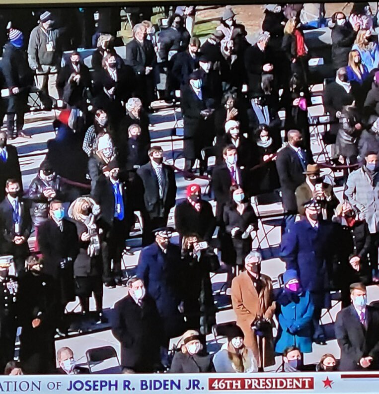@MayorLucasKC I imagine you can spot the Kansas City guy.