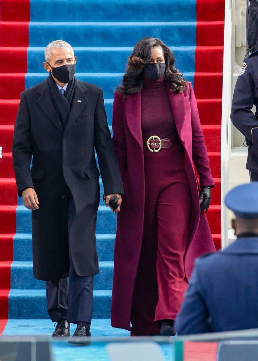 Wow wow wow......💖  This two Wonderful Couples got me 🙀😍 @BarackObama @MichelleObama #InaugurationDay
