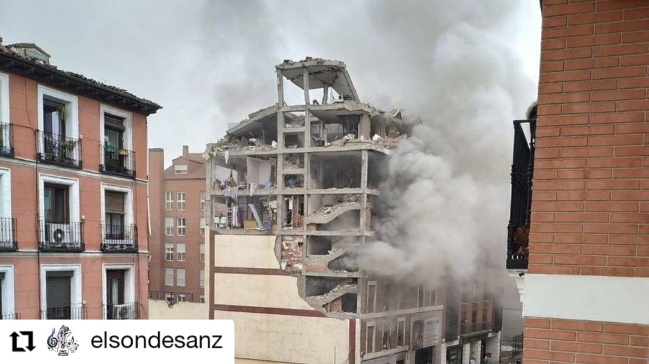 Enviamos nuestras condolencias a las familias afectadas ynuestro mensaje de ánimo a los heridos  Todo nuestro cariño y solidaridad♥️ Y el mayor agradecimiento a los héroes de las Fuerzas de Seguridad y servicios de emergencia #MadridNevado @AlejandroSanz  @lafuerzadelcorazonesmas