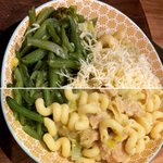 Image for the Tweet beginning: Creamy cheesy leeky pasta! You