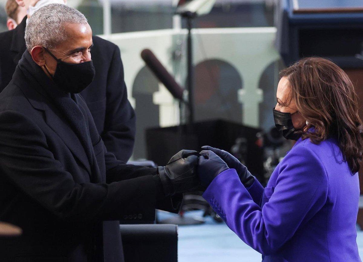 Our ancestors wildest dreams ✨  #blackexcellence #obama #kamala #harris #obamas #blackgirlmagic #madamvicepresident #Melanence #MelanatedExcellence
