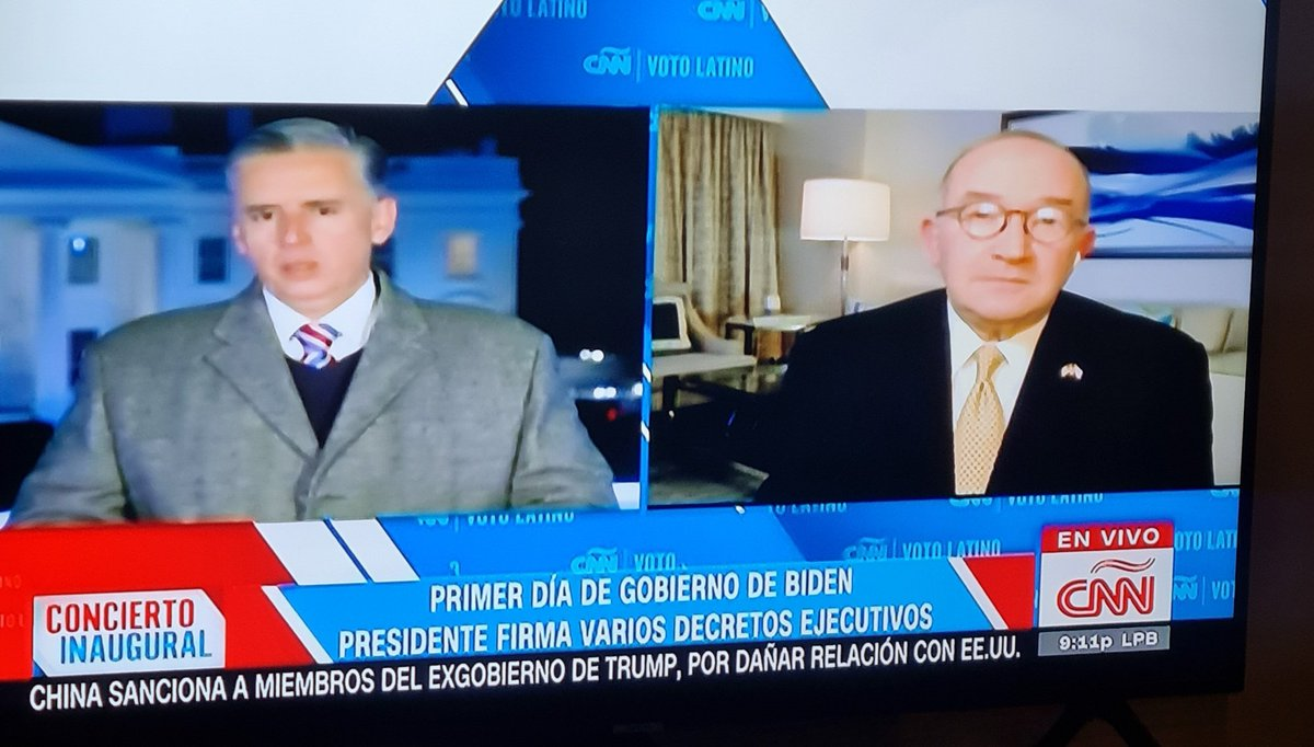 #CNNElection  #CNÑ trying to explian why Trump didn't put him or someone of his team in the list of Presidential Perdons.  CNÑ was  communicating, for weeks, that Trump would include his name and their families names in that list.  News whitout objectivity.