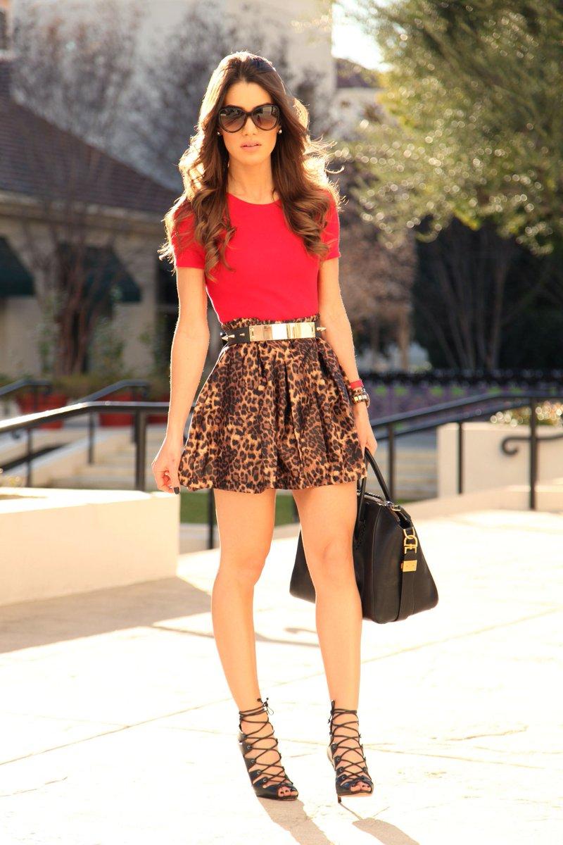 Velentine outfit ideas Velentine day special Dress  #trendingfashionshops #fashionstyle #fashion #velentine #velentinesday #velentineweek #velentineday #velentinespecial #outifit #outfit #dresses #dreessup #beautiful #style #makeup