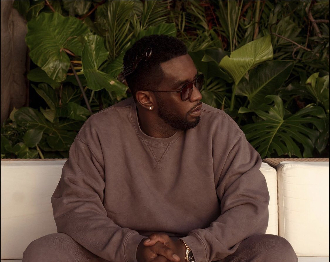 MayGODBlessAllSouls  HopePeace  Grace   Nice Picture  Mr. Sean Combs #SeanCombs #SeanJohn #Diddy #DiddyLove Facebook