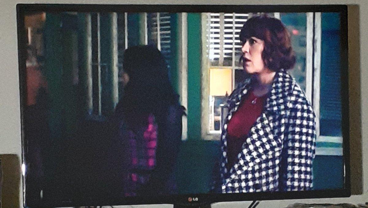 Alguém vai levar um cascudo na cabeça, né Archie?!  #Riverdale #PopsTalk