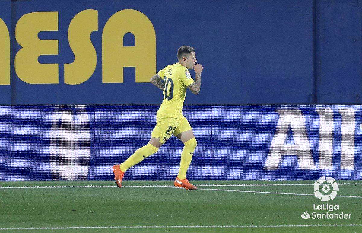 ¡@RPenha9 se estrena como goleador esta temporada en #LaLigaSantander! 💛  #VillarrealGranada  #HayQueVivirla