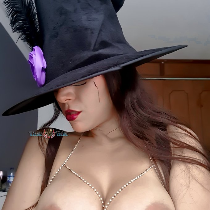 1 pic. If you want my videos at an insane discount give me a paid vote on the MV Contest Mad Hatter Contest