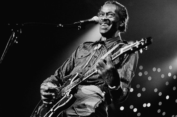Rock 'n' Roll pioneer Chuck Berry was born in 1926. Berry's music was a major influence on The Beatles, AC/DC and the Rolling Stones.   #ChuckBerry