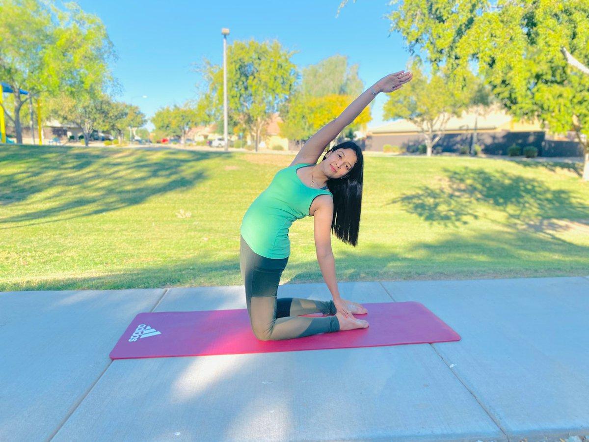 Do Asnanas  Be Happy 😊  . . . . #yoga #yogalove ##life #selflove #yogaposes #fit #selfcare #spirituality #bhfyp #inspiration #art #asana #instagood #yogajourney #spiritual #lifestyle #balance #exercise #healthy #instayoga #instagram #energy #yogawithpayaldavepatel https://t.co/s5QG4lihzh