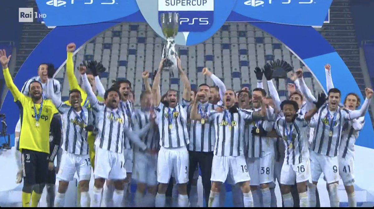 La #Supercoppa e' della #Juve #FinoAllaFine #SupercoppaItaliana  #JuventusVsNapoli