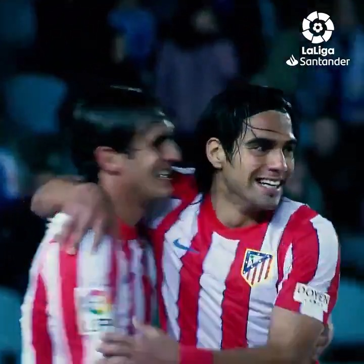 The eye of the tiger...👁️🐅  #OnThisDay in 2012, @FALCAO scored this hat-trick for @atletienglish in #LaLigaSantander! ❤️🎩🤍