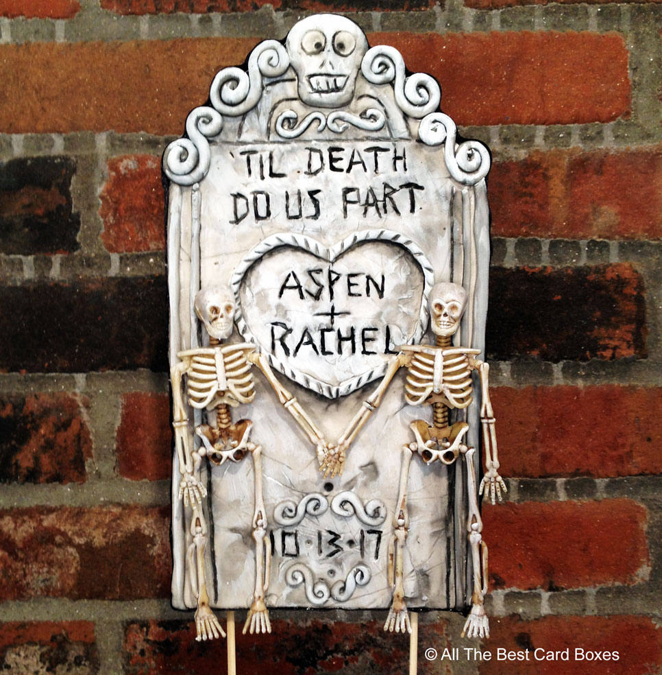 Halloween wedding cake topper. Custom handmade clay tombstone  #white #halloween #black #wedding #gothic #halloweencostume #halloweendecor #halloweencake #weddingcaketopper #gothic #gothicwedding