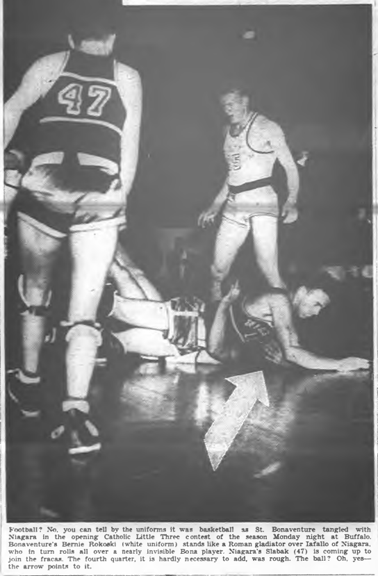 #OTD in 1941 all of the Little Three basketball teams play for the first time at the Aud, in a double header that draws only 3,800 fans. Niagara defeats St. Bona while Canisius loses to LaSalle. https://t.co/mqHDmxmNe4